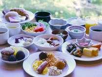 【朝食ビュッフェ】和洋それぞれのメニューが充実!(営業時間7:00~9:00)