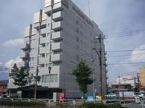 JR五井駅西口から大通り(吹上通り)をまっすぐ歩いて約6~7分