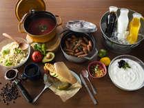 【朝食】キューバサンドとサイドメニューはビュッフェにてご用意