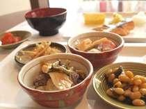 博多めんたいこなどご当地の味も♪和食洋食の人気の朝食♪