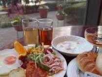 30種類以上の和洋バイキング朝食。和食も洋食も充実♪