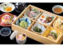 六枡松花堂盛りと散らし寿司