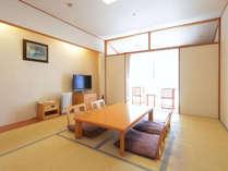 和室10畳(シャワーブース・洗浄機能付きトイレ)