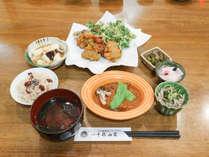 *[夕食・全体一例]女将の手作り料理♪仕入れ状況によりメニューを考えるので来てからのお楽しみ♪