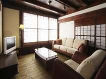 ★特別室★1部屋限定!!男の隠れ家をイメージしまた。本物の古民家に素敵な家具が置いてあります。