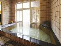 鍵付きの貸切風呂なので家族で、カップルでゆっくり入ることができます。