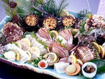 **海の恵たっぷり刺身盛!新鮮&絶品魚介は是非1度お召し上がり下さい。(白波会席一例)