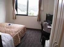 平成21年2月にオープンしたばかりの奇麗な客室◆ダブルルーム◆