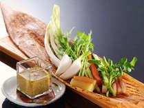 カニ味噌の特製バーニャ・カウダ 野菜も美味しい♪