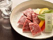 京都牛のステーキに合う季節の地酒もご用意致しております。
