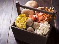 地鶏とこだわりきのこを使用した秋香鍋