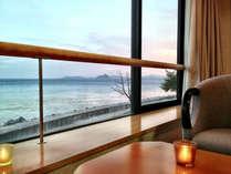 ◆和室◆お部屋から沈む夕日をゆっくり眺められます。