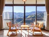 *和室10畳/箱根連山の山並みを見渡せる和室のお部屋です。