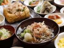 ■朝食(越前そば)■福井の名物越前おろしそば