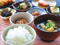 ◆無料バイキング朝食◆朝からしっかりお召し上がり下さい☆
