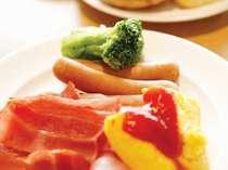 ◆無料バイキング朝食◆和洋取り揃えています☆
