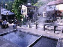 [麻釜/おがま]野沢温泉の中心的な源泉地。野沢温泉の台所とも言われています。当館から徒歩5分