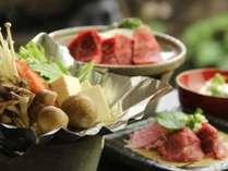 「道祖神鍋」旬のお野菜と一緒にお召し上がりください。