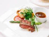女性に人気♪ メインはお肉とお魚どちらも楽しめる欲張りなコースディナー