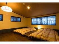 二階南十字星のお部屋です。シャワー室のみ客室。。※お部屋の1例です。