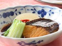 【早期割14】冬のお得な本格和食会席プラン♪メイン料理は冬が旬の「カキ鍋」をお楽しみください