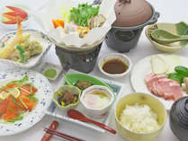 【お食事一例】地元の食材に拘ったおふくろの味をご提供いたします。