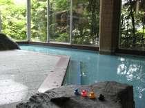 【あやとりの湯】森林浴を楽しめる大浴場