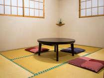 和を基調とした気兼ねしないシンプルなお部屋。お手軽な阿蘇旅行やビジネス利用に最適。/別館和室6畳