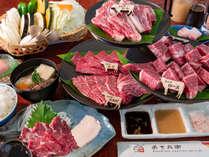 阿蘇と言えばやっぱり和牛あか牛。それぞれが味わい深い5種の部位を食べ比べよう!/夕食