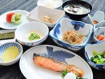 【ご朝食】一日の元気は朝食から。栄養バランスを考えた朝食です。