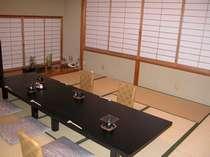 個室のお食事処です。30名様までのご宴会にもご利用になれます。