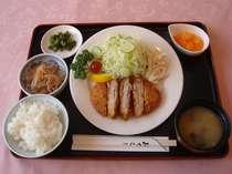 エコノミー ツイン(1名利用)【1泊2食付き】