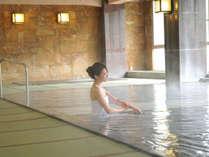 【大浴場~本館】小川屋自慢の百帖空間畳風呂。とろりとした柔らかな湯は美肌効果抜群!