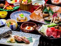 うまみ溢れる飛騨牛を朴葉焼きや炙り寿司で堪能。