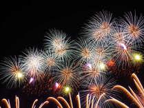 下呂の夜空を彩る花火をお部屋で寛ぎながらお楽しみください!