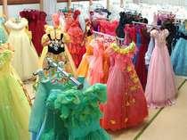 *たくさんの種類のドレスからお気に入りの一着を選んで記念撮影♪一生の思い出になりますヨ!