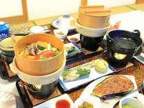 *夕食一例/地元の素材を活かしたお料理をご用意致します。