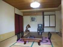 広々とした10畳の和室
