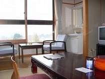 【客室】鳥海山一望の和室(洗面・トイレ付)