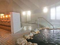 【市来ふれあい温泉センター】内の大浴場