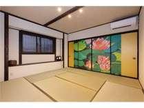 2階和室の襖絵