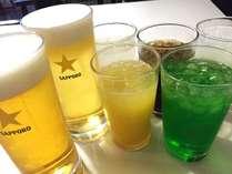 夕食バイキングはアルコールとソフトドリンク飲み放題付き