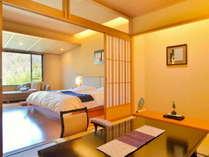 【和モダンスイートB】洋室・和室二つの独立したお部屋に源泉かけ流しの檜半露天風呂がついた和洋室です