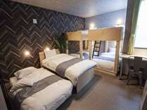 Room1 ベッド