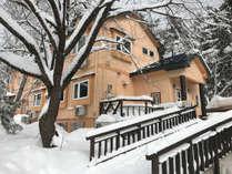 雪景色の天鏡台温泉