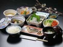 朝からお客様に元気になってもらえるような、自慢の朝食をお召し上がりください。