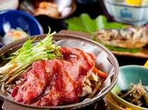 上質の飛騨牛は、野菜と一緒に陶板焼きでお楽しみください(一例)