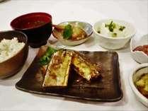 【早得】●朝食付き×ポイント8%●14日前までの予約がお得!東京駅・銀座・ディズニーへアクセス良
