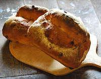朝食の石窯パン