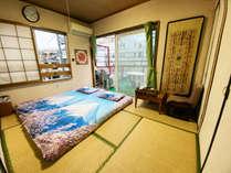 和でしか味わえない畳の空間をお楽しみ下さい♪最大4名様まで宿泊可能です★バルコニー付き!